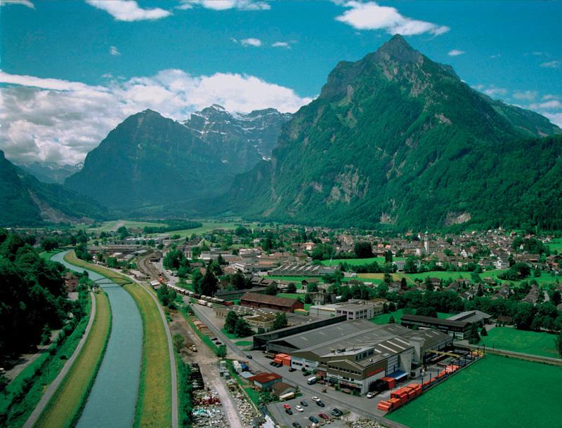 gl2011-Debrunner-Glarnerland.jpg